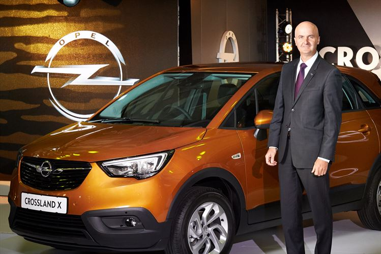 Opel stays and launches newmodels