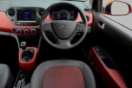 grand_i10_interior_01_1800x1800