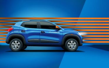 kwid-climber-side-with-orange-stripes_880x500