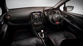 cliors18-interior-dash_880x500
