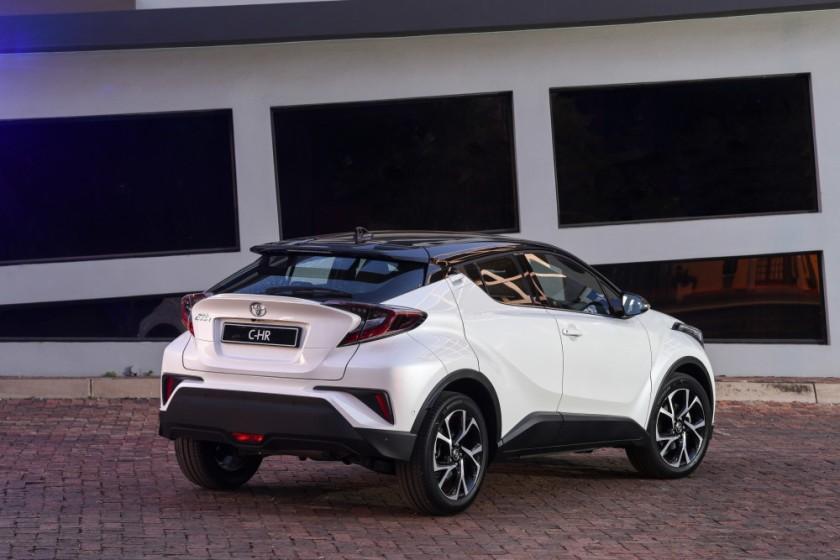 Toyota C-HR_022