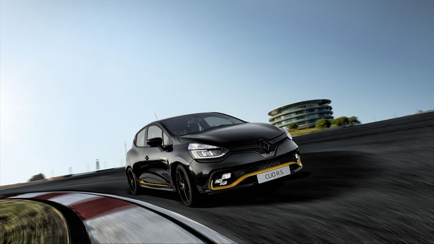 Road Review – Renault Clio RS 18F1