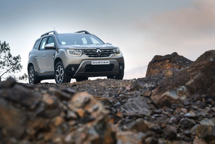 new_renault_duster_rocks_880x500