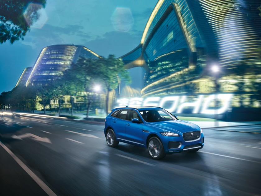 JAGUAR_F-PACE_FIRST EDITION