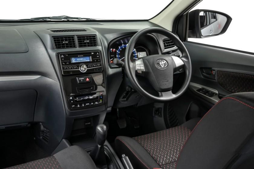 Toyota Avanza_022