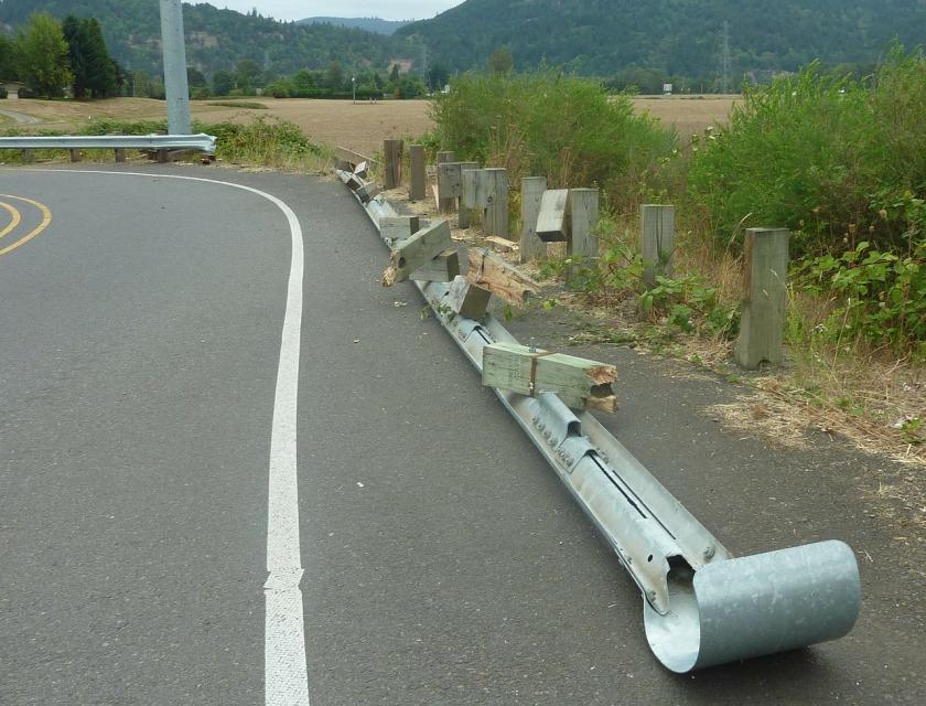 crash-barrier-254028_1280
