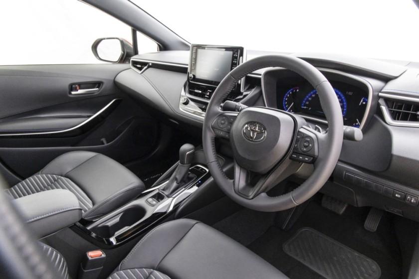 Toyota Corolla Sedan-143