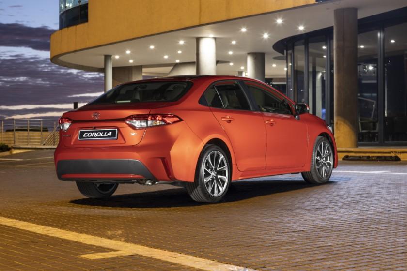 Toyota Corolla Sedan-149